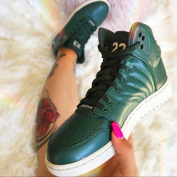 sale retailer 379ac e5e48 Nike Jordan 1 Flight 4 Premium Grove Green NWT